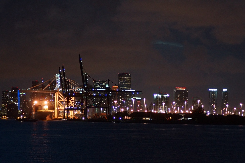 Port of Miami bei Nacht