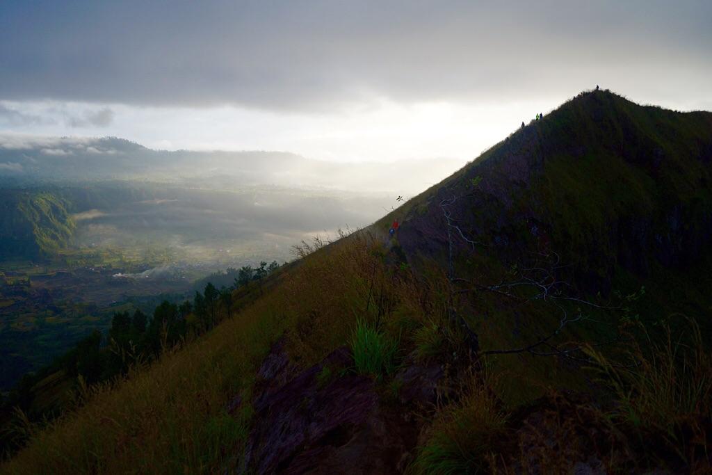 Rückweg mit Blick ins Tal