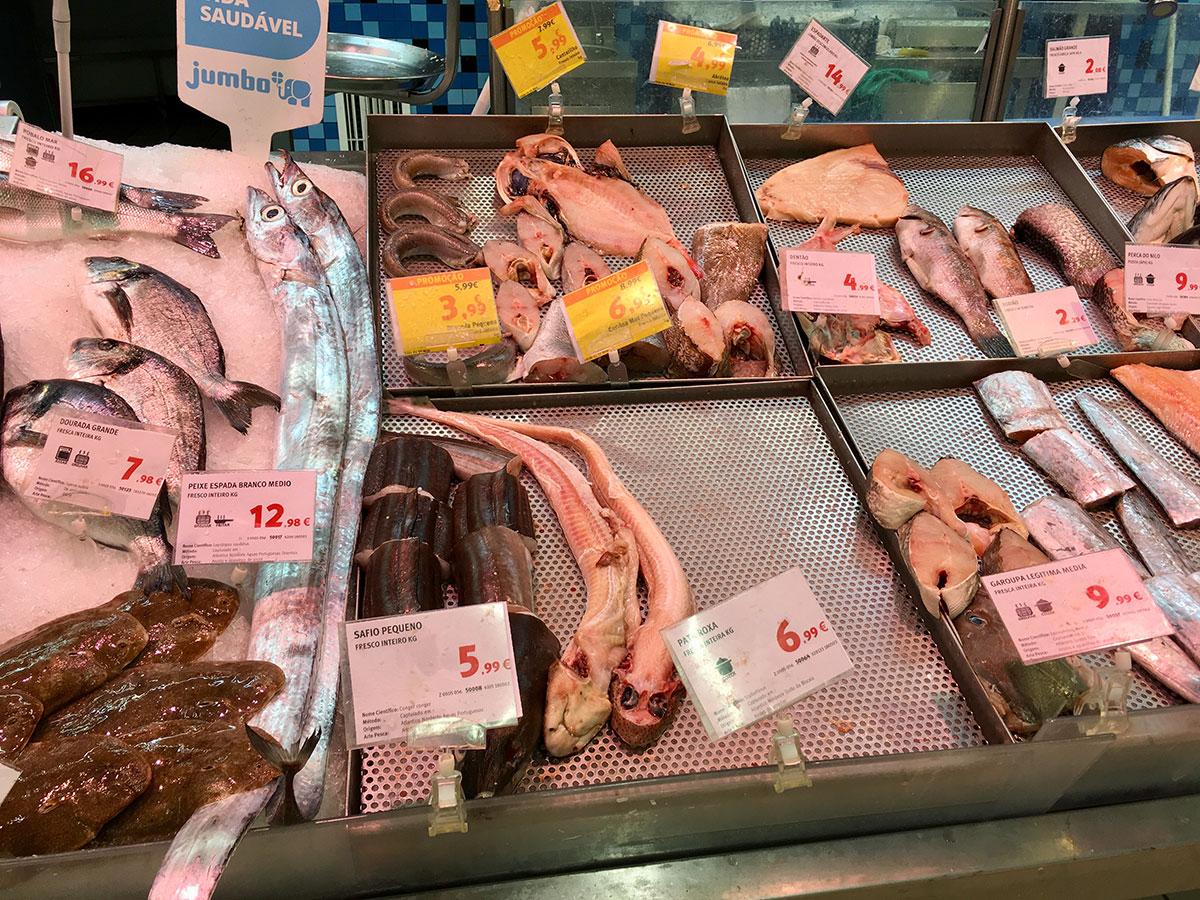 Katzenhai in der Fischtheke :(